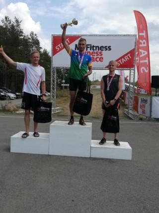 Rauno Tiits Pajusi Mudajooksu finišis.. Foto: erakogu