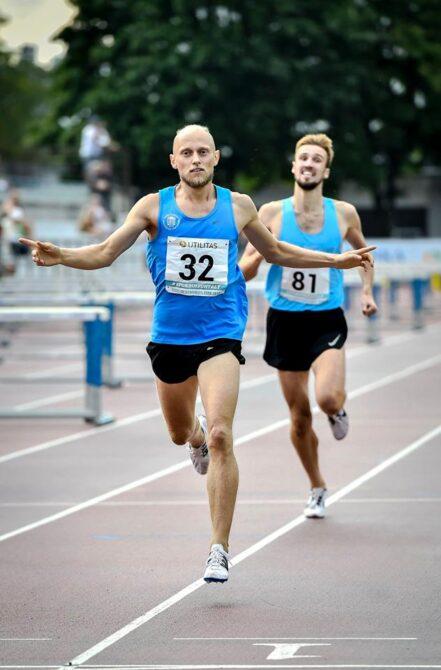 Allar Lamp võitis viimase Eesti meistritiitli Kadriorus staadionil 1500 m distantsil. Foto: Marko Mumm/EKJL