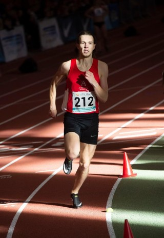 Rasmus Kisel 800 m distantsil soolojooksu tegemas. Foto: Marko Mumm/EKJL