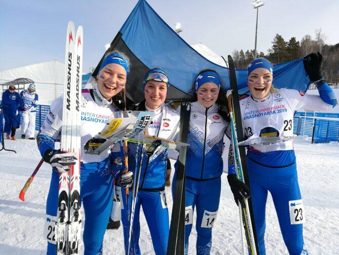 Vaskult: Doris Kudre, Jonne Rooma, Epp Paalberg, Silvia Luup. Foto: Eesti Orienteerumisliit