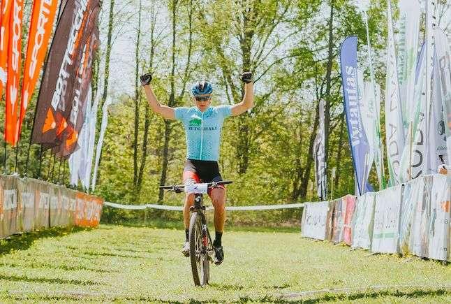 Gert Jõeäär võitjana finišis. Foto: Adam Illingworth