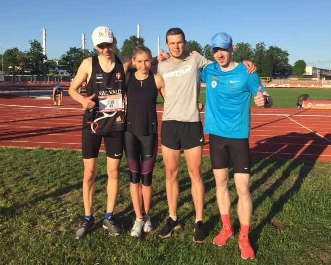 Kristian Otlot, Helin meier, Rasmus Kisel ja Enari Tõnström Riias staadionil. Foto: erakogu