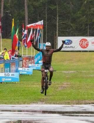 Gert Jõeäär porisena finišisse jõudmas. Foto: Ardo Säks