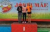 Naiste põhiklassi krossijooksu kolm kiiremat: vasakult Maria Veskla, Kelly Nevolihhin ja Minna Kelk.