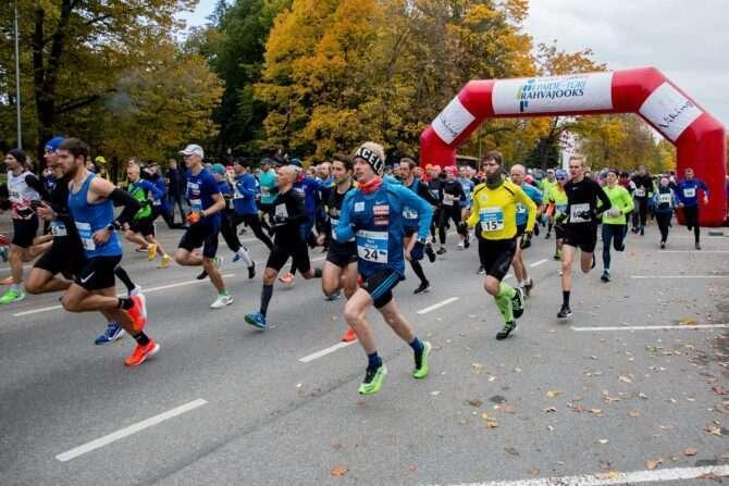 Paide-Türi rahvajooksu start. Foto: Ants Leppoja/MTÜ Järvamaa Eesti südamaa