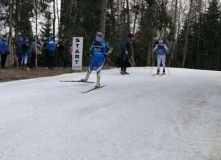 Noored Otepääl suusatamas. Foto: Eesti Suusaliit