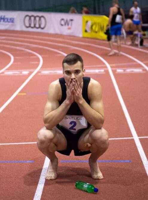 Risto Lillemets on pärast 1000 m jooksu veidi pettunud, et 6000 punkti täis ei tulnud. Foto: Marko Mumm/EKJL