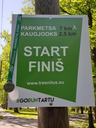 Parkmetsa kaugjooks. Foto: Jaanus Mäe.