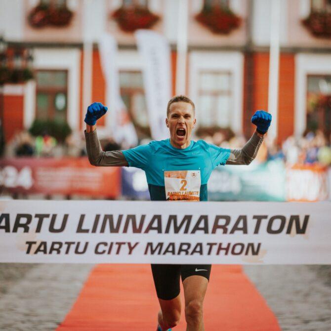 Fotol 2019. aasta Tartu Linnamaratoni võitja Rauno Laumets. Foto: Adam Illingworth.